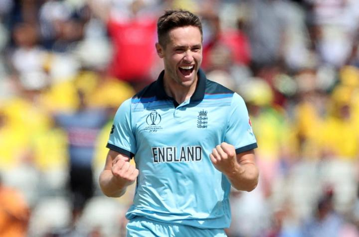 Chris-Woakes-celebrates