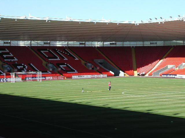 darlington_stadium06
