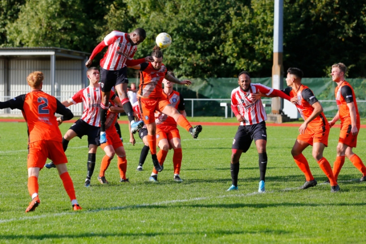 19/10/2019  Guildford City FC v Badshot Lea