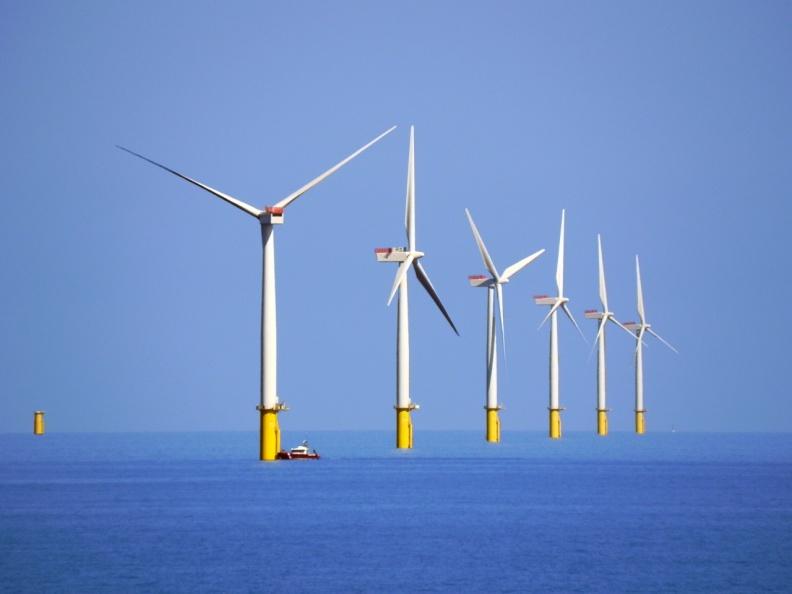 Walney_Offshore_Windfarm_-_geograph.org.uk_-_2391702